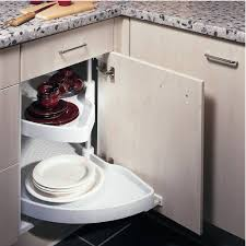 plateau tournant pour meuble de cuisine tourniquet demi lune aménagement meuble angle accessoires de cuisines