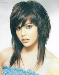 short haircut for thin wavy hair and round face layered medium