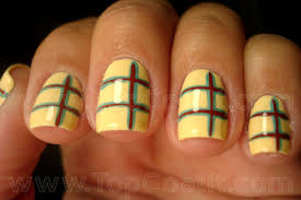 easy yellow and black nail art for short nails youtube diy yellow