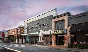 do business at woodfield mall a simon property