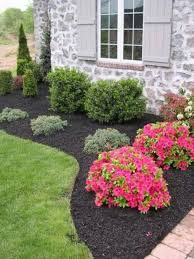 Landscaping Ideas For Front Of House by 26 Beautiful Flower Beds In Front Of House Design Ideas