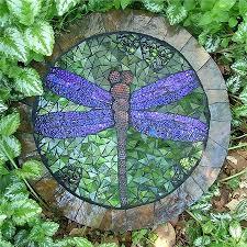 best 25 mosaic stepping stones ideas on pinterest diy stepping