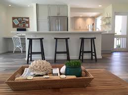 warm green paint colors the what colors go with walls benjamin moore revere pewter color
