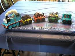 coolest thomas the tank engine cake photos and ideas