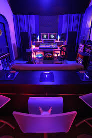 Studio Desk Guitar Center by Best 25 Recording Studio Desk Ideas On Pinterest