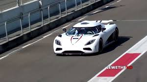 koenigsegg white koenigsegg agera r massive accelerations on track sssupersports com