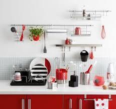 accessoires de rangement pour cuisine 5 idées pour une cuisine maxi rangement meuble de cuisine leroy