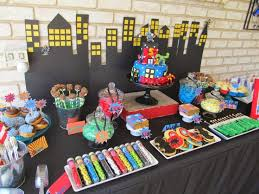 Batman Table Decorations 221 Best Super Hero Themed Events Images On Pinterest Birthday