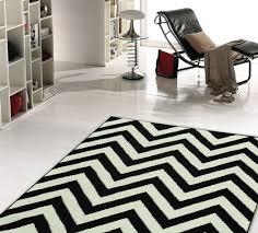 tappeti moderni bianchi e neri la vita in bianco e nero interni moderni idea creativa della