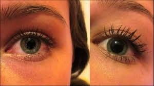 natural remedy tea tree oil helps to regrowth eyebrow hair and