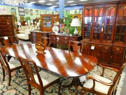 Hickory Dining Room Table by Traditional Dining Room Furniture From Statton Henkel Harris