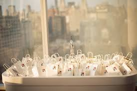 wedding gift nyc i heart nyc mini bags stuffed with goodies for your guests