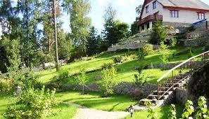 Landscape Ideas For Hillside Backyard Landscaping Ideas For Sloped Backyard Andrew Medha Pratama