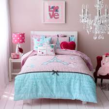 eiffel tower girls bedding adorable kids bedroom decor with pink polka dots lamp shade and