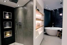 moderne badezimmer mit dusche und badewanne freistehende badewanne bilder ideen couchstyle