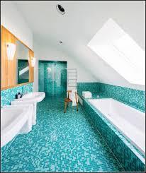 fliesenfolie badezimmer hausdekorationen und modernen möbeln ehrfürchtiges kleines