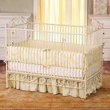 Bratt Decor Crib Bratt Decor Casablanca Premiere Crib In Antique White