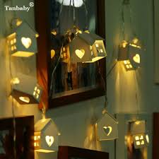 battery powered house lights tanbaby aa battery powered 3m 20leds little house with heart wooden