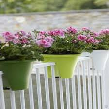 gardens4you affordable pots and planters available online