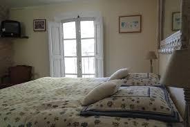 chambres d h es en provence pas cher chambres d hôtes de charme puyricard pays d aix en provence et