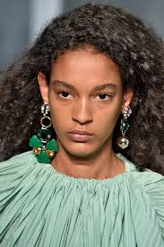 mismatched earrings trend 2017 jewelry trends from the runway best and