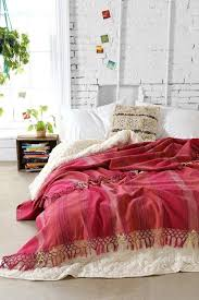 wall decorating ideas for bedrooms 64 best posh bedrooms images on bedroom ideas home
