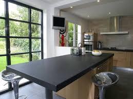 plan de travail cuisine noir plan de travail cuisine granit noir et table centrale granit noir