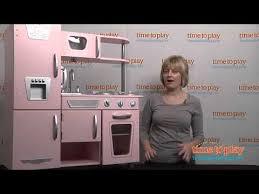 kidkraft cuisine vintage 53179 vintage kitchen in pink from kidkraft