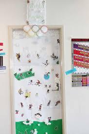 holiday door decorating contest u2013 mishmash