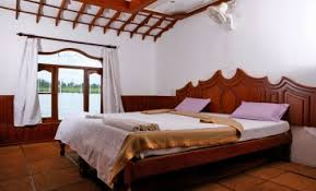 5 Bedroom Houseboat Houseboats In Alleppey Alleppey Boat House Packages Alappuzha