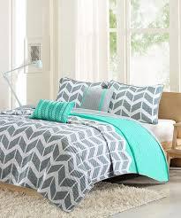 Chevron Bedrooms Best 25 Teal Chevron Room Ideas On Pinterest Chevron Bedroom