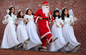 a very joyous christmas to all the world through my eyes