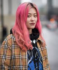 hair you wear pink hair and makeup ruled fashion week style