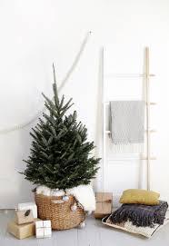Modern Christmas Trees 22 Modern Christmas Decor Ideas