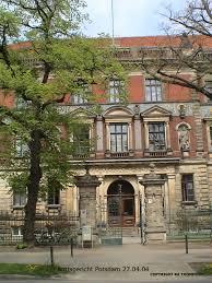 Amtsgericht Bad Freienwalde Justizia Im Bilde Raymond A Thompson