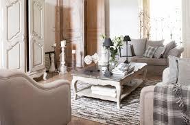 salle a manger provencale mobilier style classique charme collections de meubles patinés