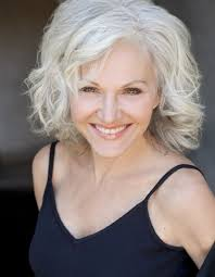 haircuts for women over 40 to look younger 2639 best women over 40 beauty tips images on pinterest casual