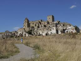 abandoned towns in southern italy architecture