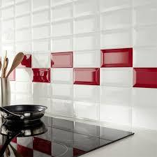 deco cuisine et blanc mur de cuisine en carrelage métro et blanc castorama