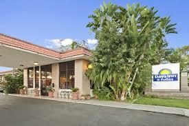 Comfort Inn And Suites Anaheim Days Inn U0026 Suites Anaheim At Disneyland Park Anaheim Hotels Ca