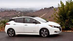 nissan leaf interior 2018 nissan leaf packs more tech more range and a simple new look