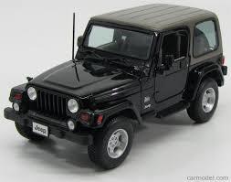 jeep wrangler 2 door hardtop black maisto 31662bk scale 1 18 jeep wrangler sahara hard top 2 door