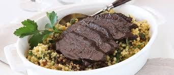 cuisiner une joue de boeuf joue de bœuf au paprika fumé sur couscous israélien recherche de