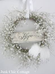 White Christmas Door Decorations by Best 25 Shabby Chic Christmas Ideas On Pinterest Shabby Chic