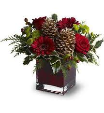 best 25 christmas floral arrangements ideas on