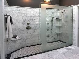 Large Bathroom Showers Here S A Large Walk In Shower That Has No Doors Only A Decorative