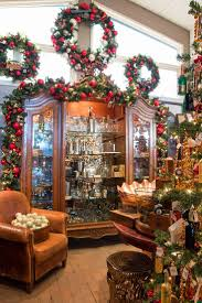 House Of Tiny Tearaways by 68 Best Merchandisng Christmas Decor Images On Pinterest