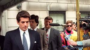 carolyn bessette kennedy carolyn bessette kennedy jfk jr u0027s wife 5 fast facts heavy com