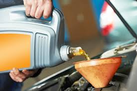 checking and refilling your oil in your car