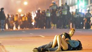 Vancouver Riot Kiss Meme - vancouver canucks riot kissing couple picture asias next top model